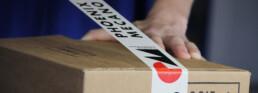Logistiklösung, spezielle Verpackung zukleben