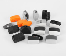 Verschiedene Gehäusedesigns und Prototypen von Sensorgehäusen