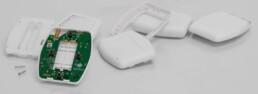 IoT Button Elektronik und Spritzgussteile