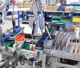 Montagearbeitsplatz zur Serienfertigung von Elektrozylindern